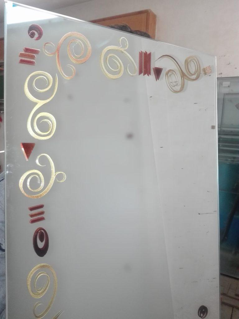 Specchio con decoro ispirato a Klimt