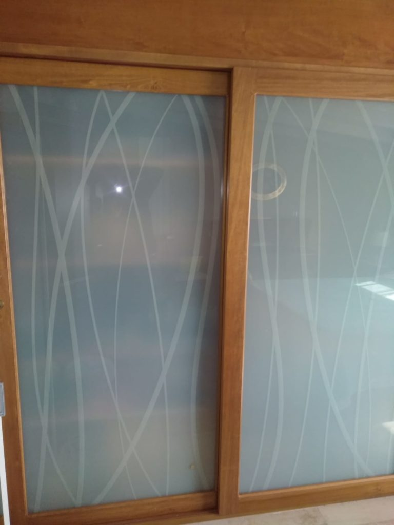 Ante in vetro per armadio a muro in legno